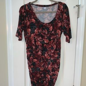 Dresses & Skirts - Motherhood Maternity floral fitted 3/4 sleeve